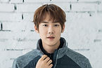 Yoo Yeon-seok as Ahn Jung-won