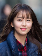 Kim So-hyun as Kim Hyun-ji