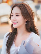 Park Min-young as Chae Young-shin