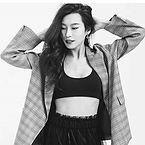 Amanda Zhou as Jenn Yu
