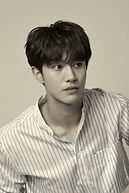 Kwak Dong-yeon as Yeon Woo-young