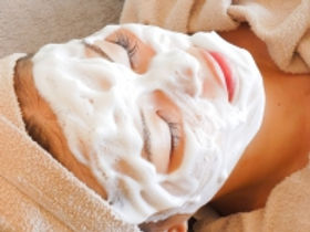 TenpRich(テンプリッチ)脱毛・エステのサロン泡洗顔画2像