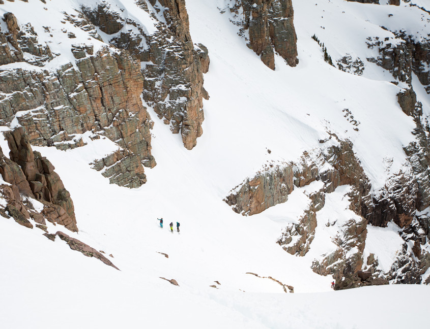 Steep skiing techniques