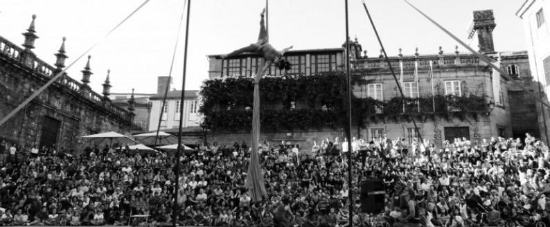 Circo Chosco en Santiago.png