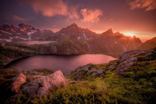 norway sunrise over mountains photography