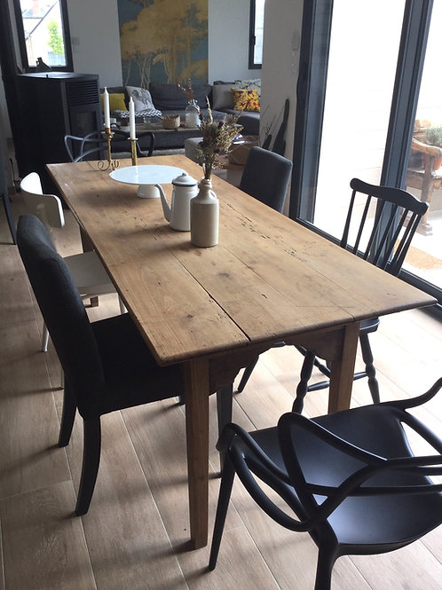 TABLE DE FERME VICTORIA