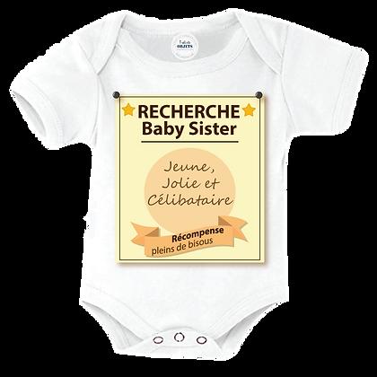 """Body bébé marqué : """"Recherche Baby sister jeune, jolie et célibataire"""""""