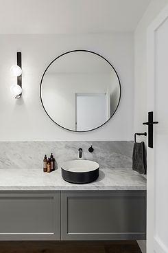 bathroom-vanity-CHG9D84.jpg
