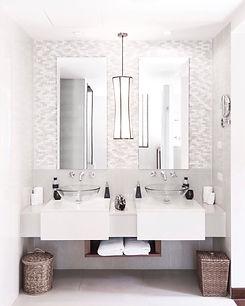 bathroom-AFU3DLY.jpg