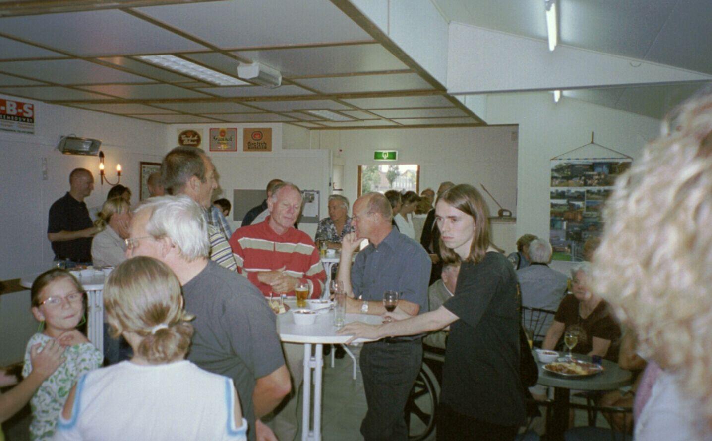 opening 2004 31