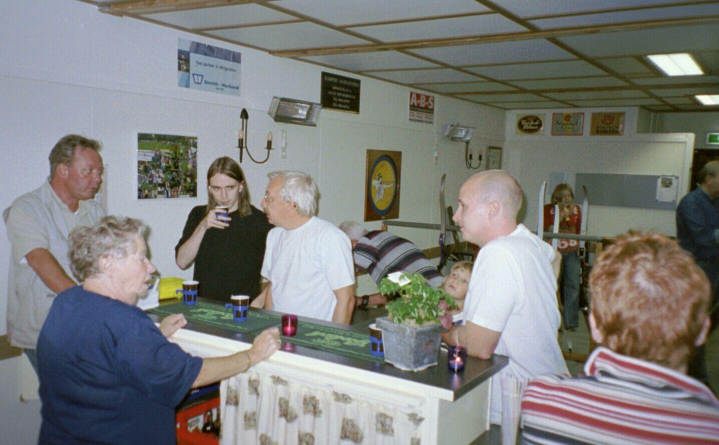 opening 2004 01