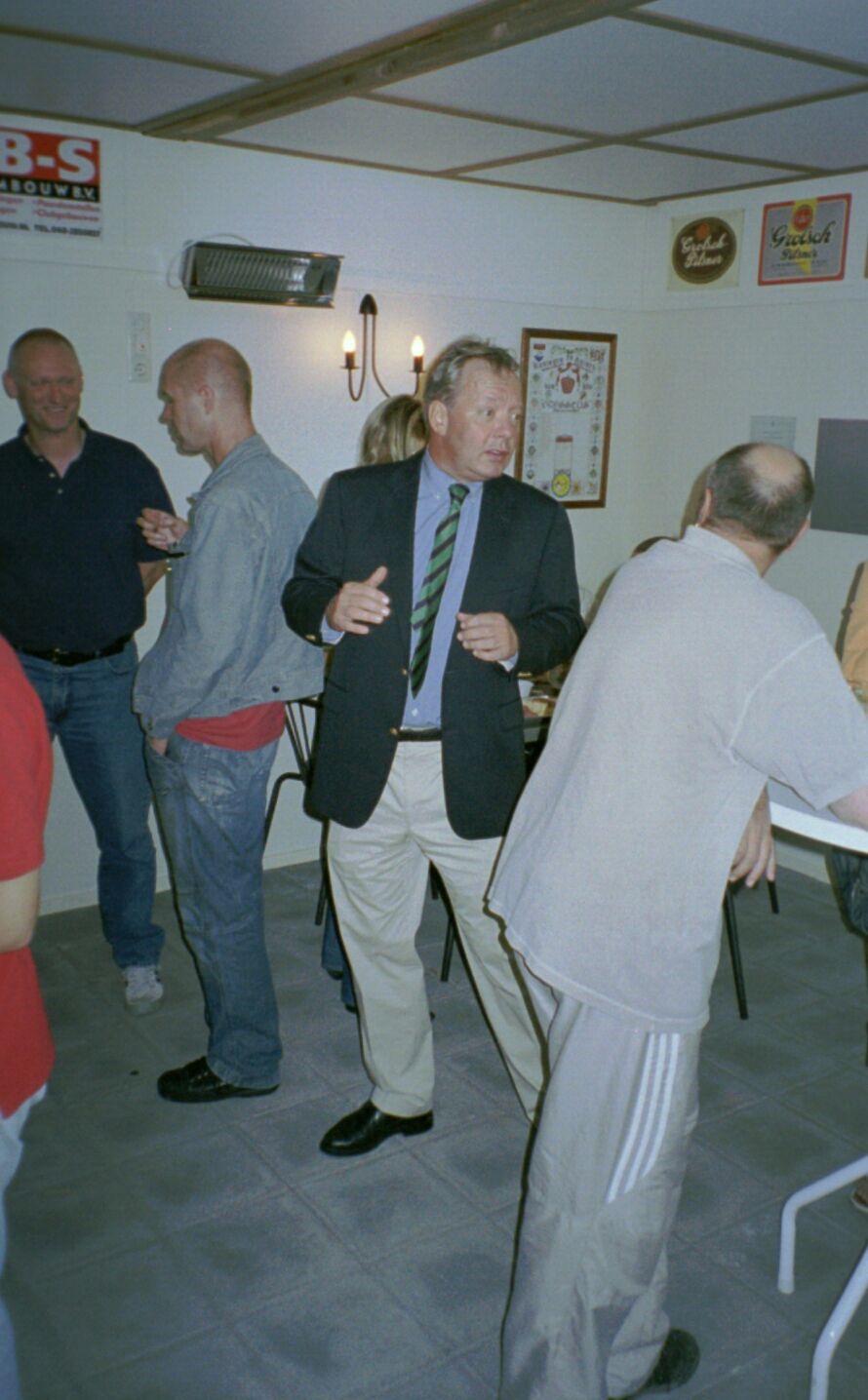 opening 2004 10