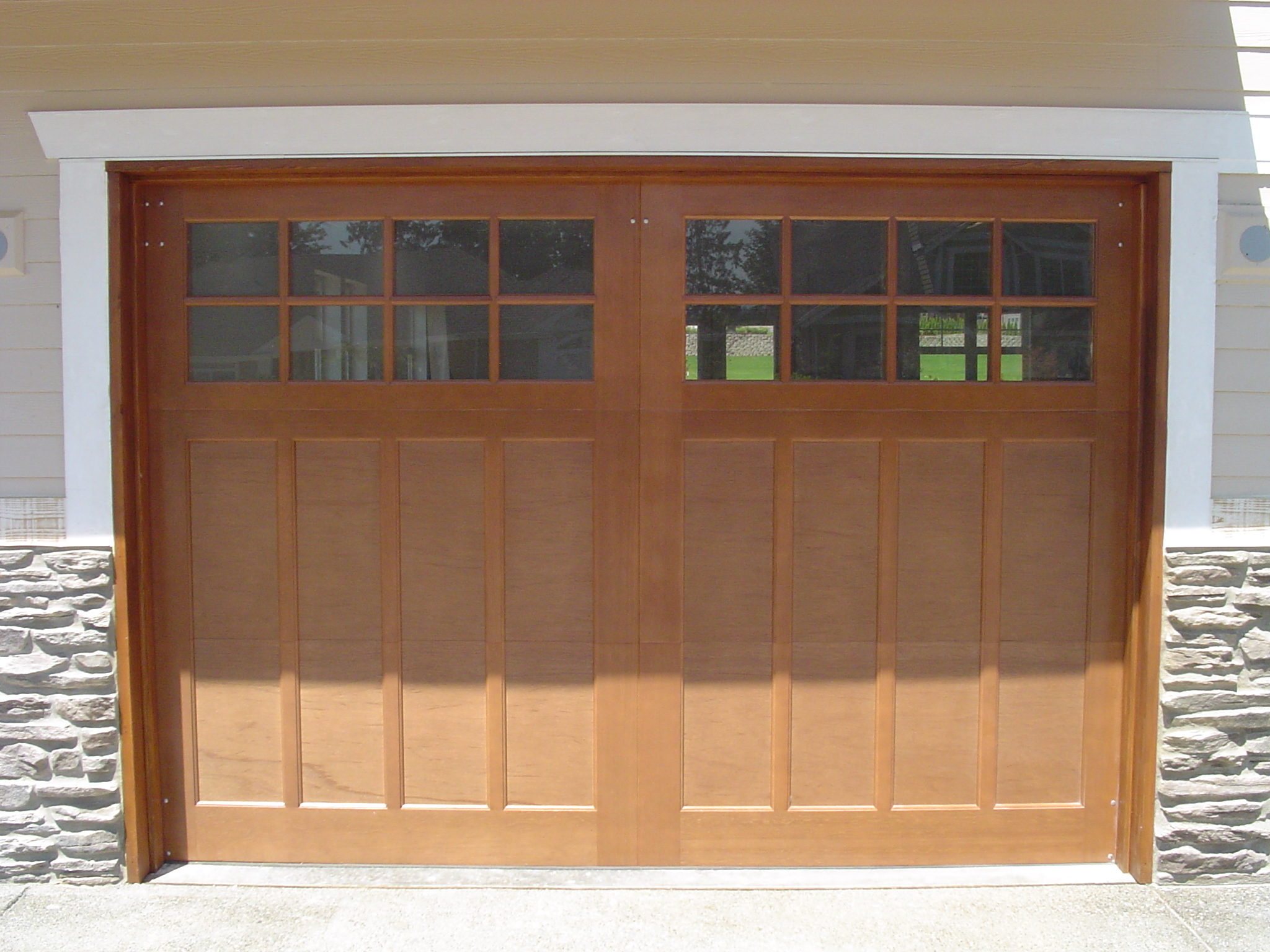 garage doors wood