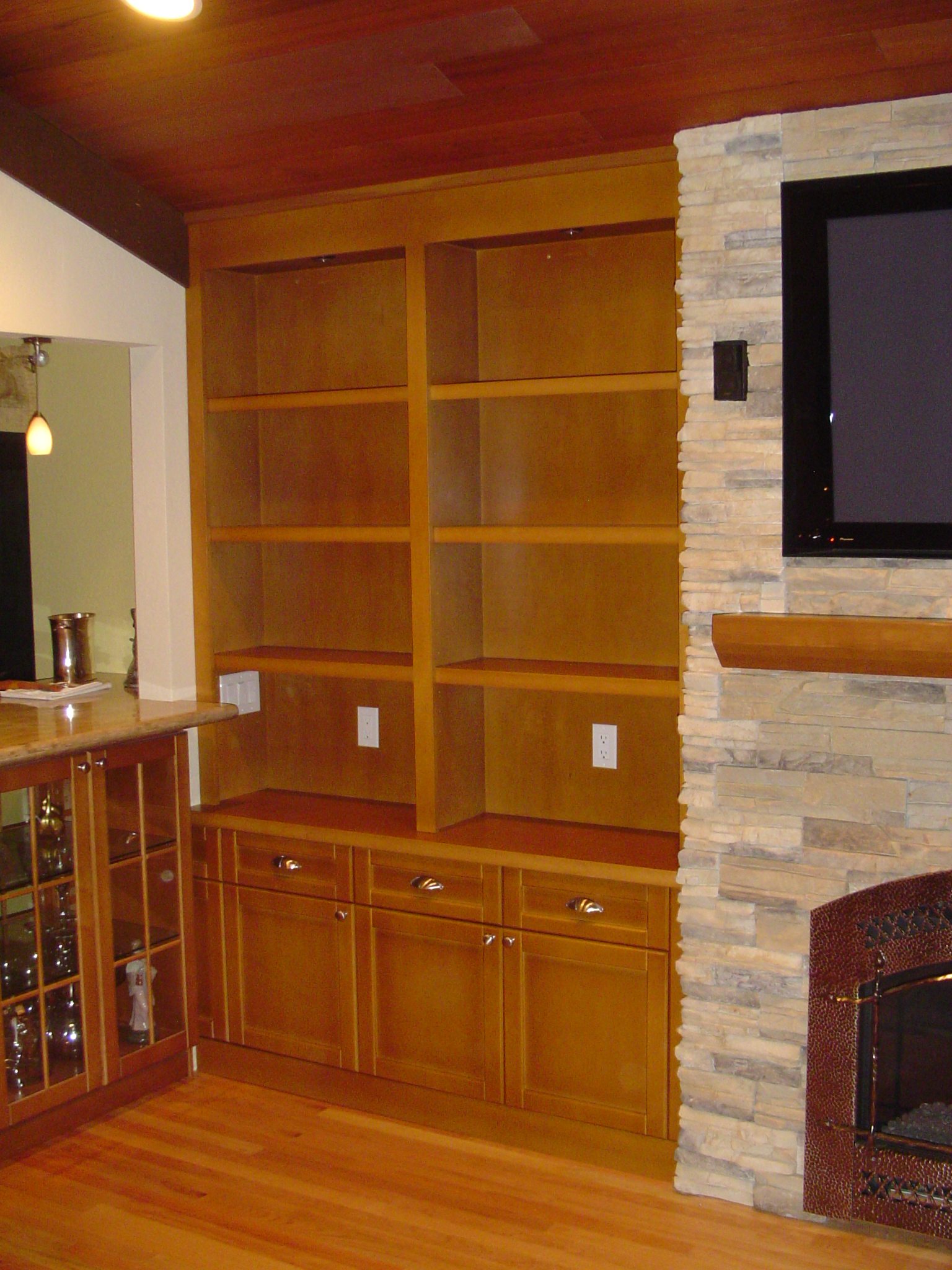 Built-in shelves storage