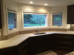 Kitchen sink bay window