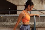 Monique-runner-9728-ret.jpg
