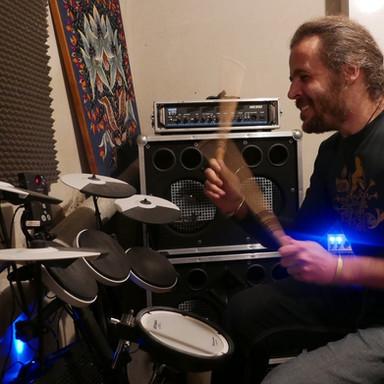 Charlie Elektro Drummer