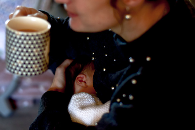 Breastfeeding cup of tea.jpg