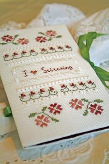 I Love Stitching Needlecase