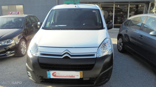 Citroen-Berlingo-110034660.jpg