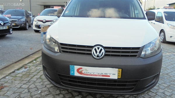 Volkswagen-Caddy-102059105.jpg