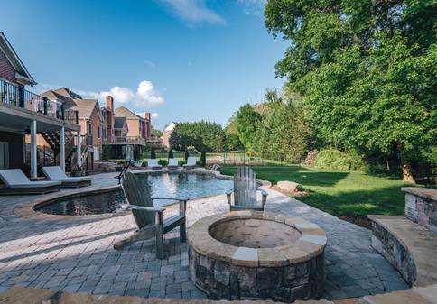 Poolside Fire Pit | Native Design & Hardscape