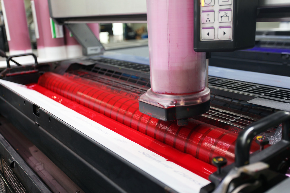 Commercial Offset Printer Red Ink