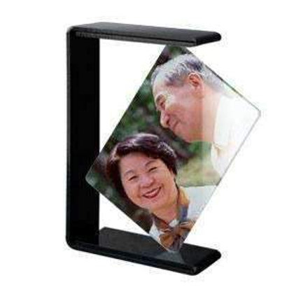Toughened glass photo frames