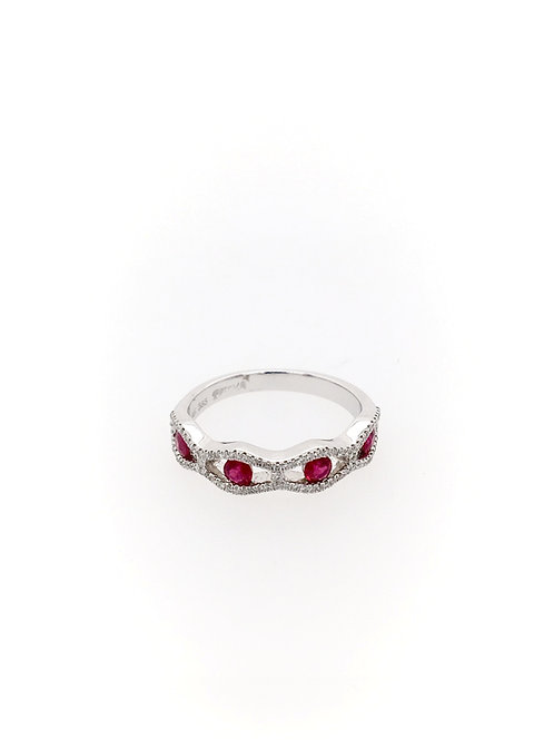 Ruby and Diamond Ring in 14kw