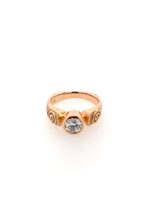 Diamond in 14kr Ring