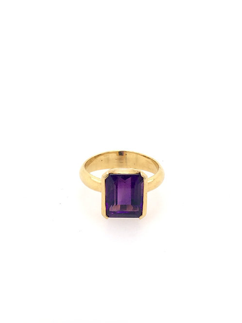 Amethyst in 14ky Ring