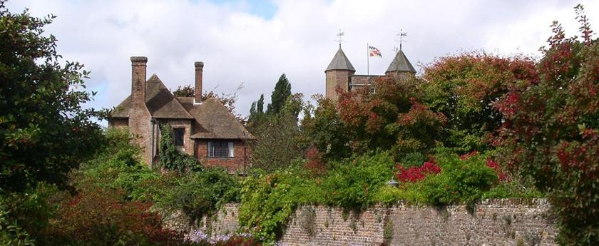 sissinghurst_castlecropped.jpg
