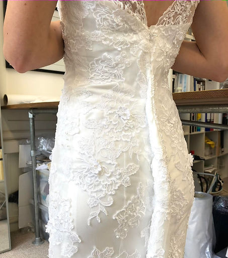 Wedding dress alterations, Dress alterat