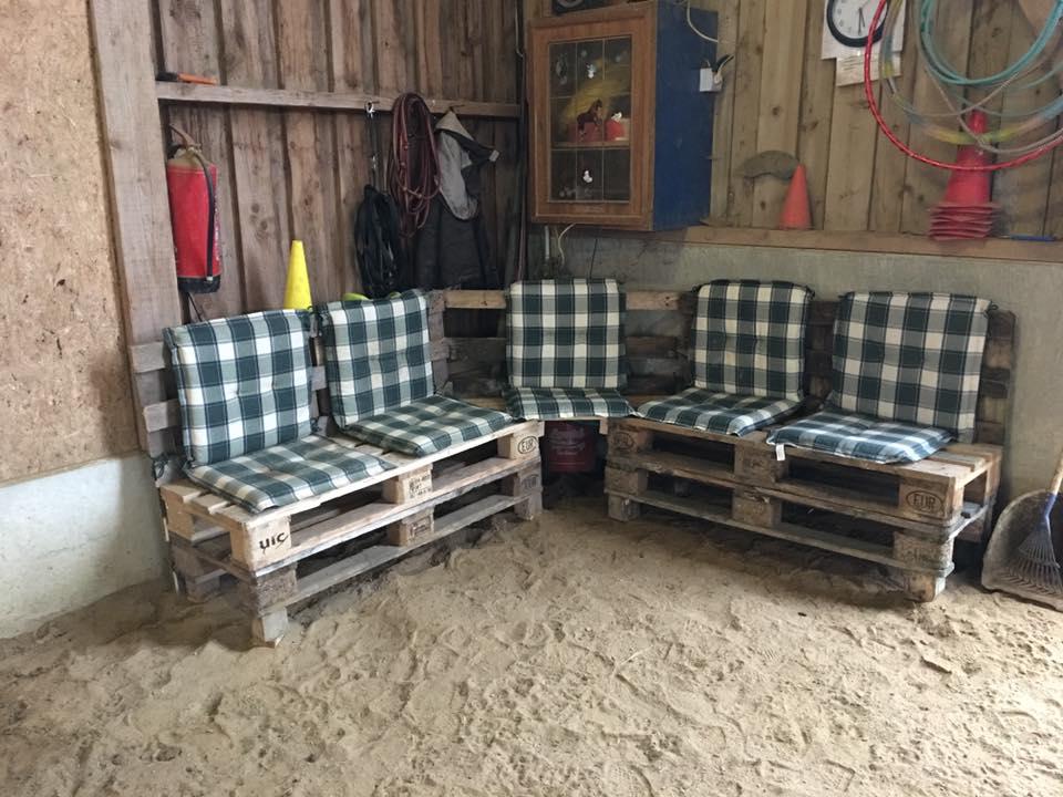 Gemütliche Sitzecke in der Reithalle