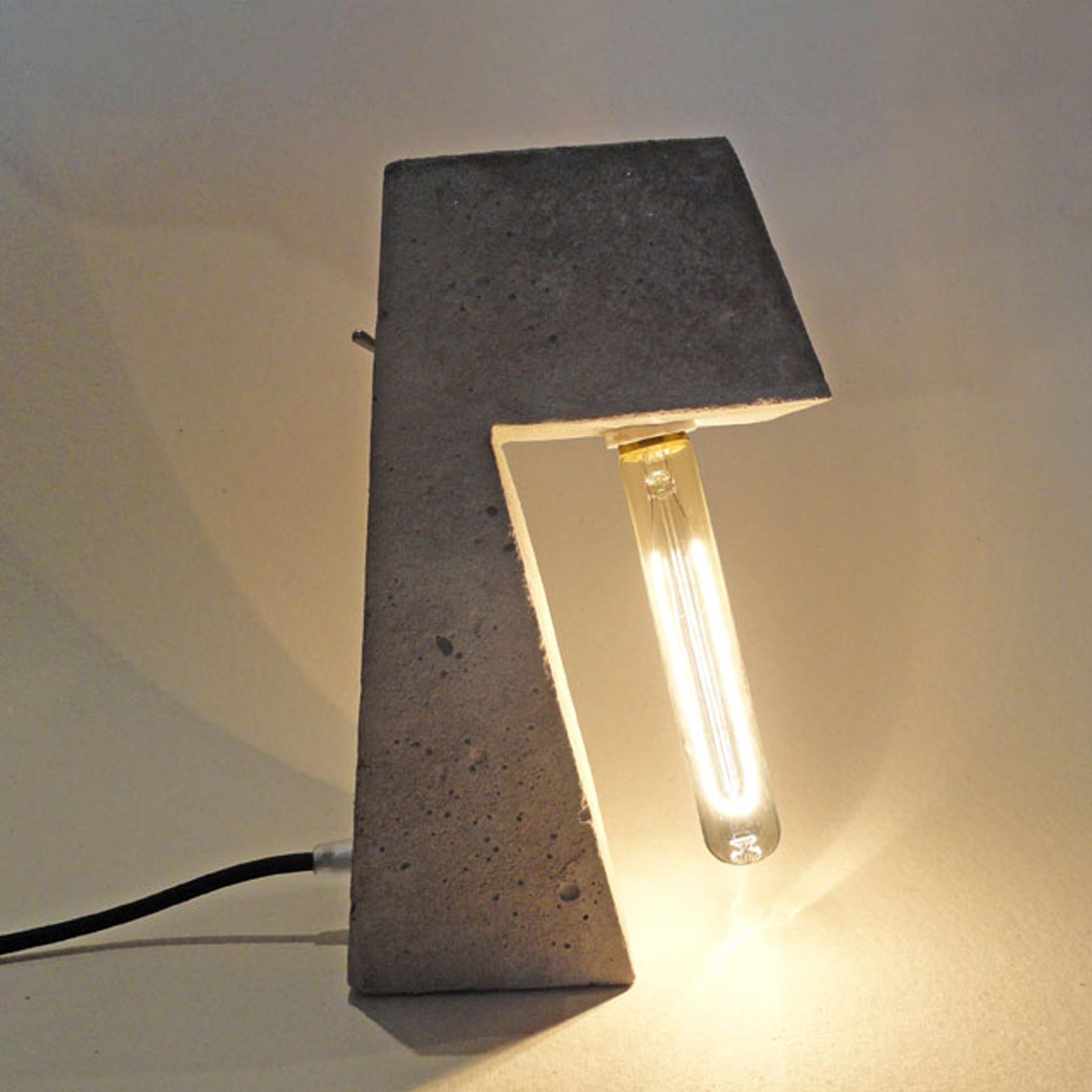 Luminária INDOMINUS