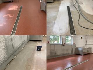 To create a slip resistant, seamless and hygienic floor use Plastifloor resins.