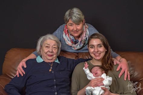 Family portrait-114.jpg