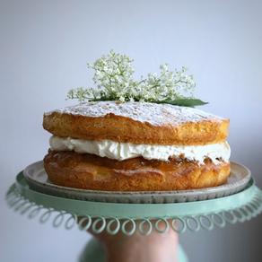 Recipe - Elderflower sponge cake
