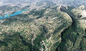 Les Pyrénées Cratère d'impact 1.jpg