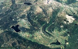 Les_Pyrénées_Glacier_B.jpg