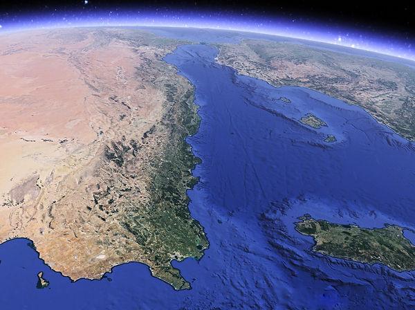 Rift Nord Africain vue Est Ouest.jpg
