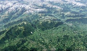 Les Pyrénées Soulévement C.jpg