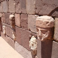tiwanaku-megalithic-structures-stone-wal