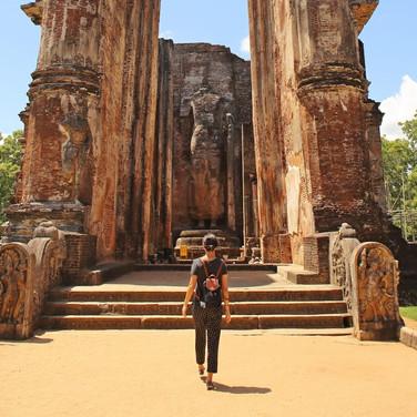 Polonnaruwa Lankathilaka Tall Beams