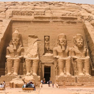 Egyptiansittingstatues.jpg