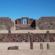 Tiwanaku-Verzonken-Tempel.jpeg