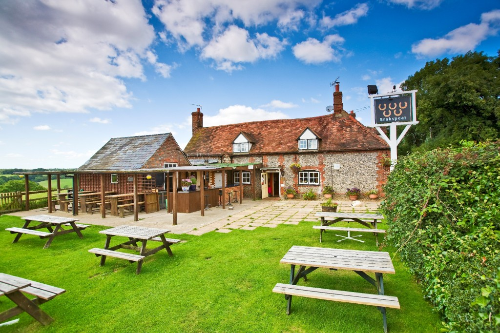 Country-pub-Henley