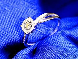 אהבת יהלומים כנראה לא תדעך בקרוב. טבעת יהלום מיוחד תשמח תמיד.