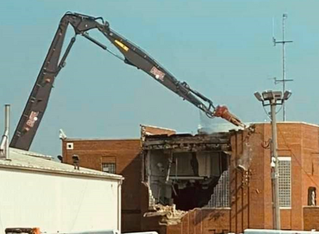 Defunct Chicago North HQ Demolition