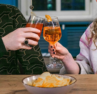 DRINKS & SNACKS FRIDAY SPECIAL